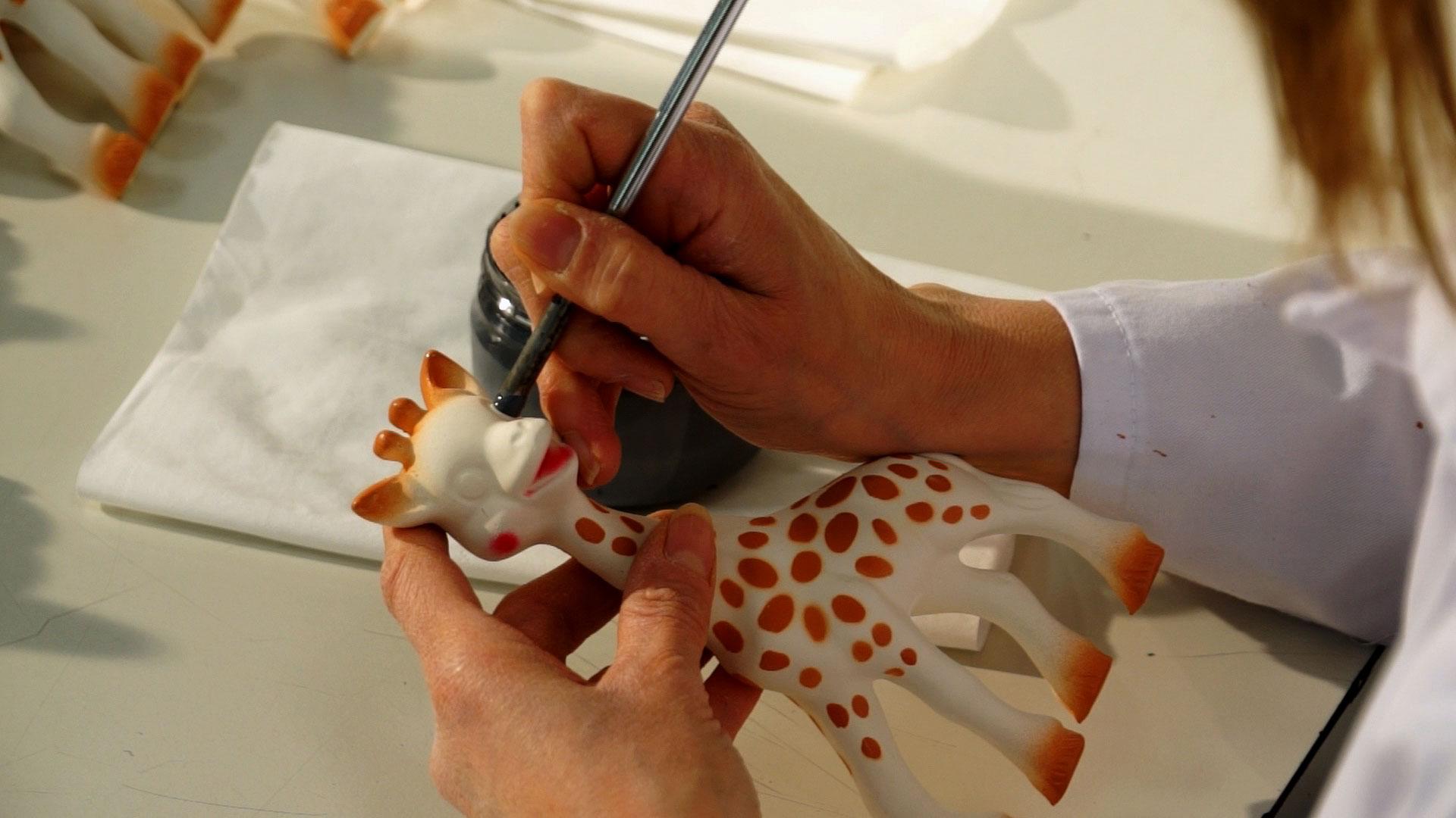 Making Sophie La Girafe